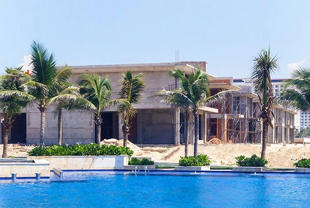 hinh-anh-thi-cong-biet-thu-cam-ranh-mystery-villas_9