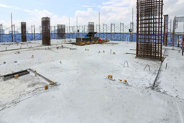 Hoàn thành đổ bê tông sàn tầng 24 block Glory