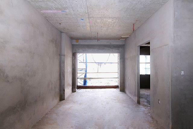 Tô tường căn hộ tầng 11 block Glory