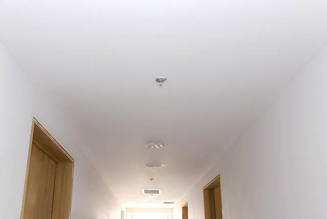Hoàn thành thi công khung trần thạch cao hành lang căn hộ block B
