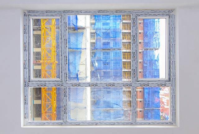 Lắp đặt cửa sổ phòng ngủ căn hộ tầng 20 block Southern