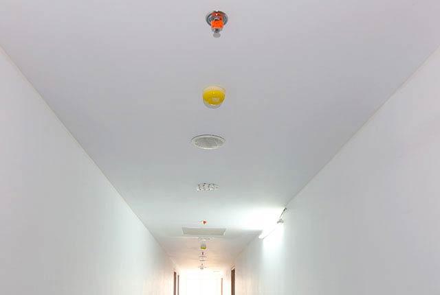 Sơn nước hành lang căn hộ tầng 5 - 14 block A