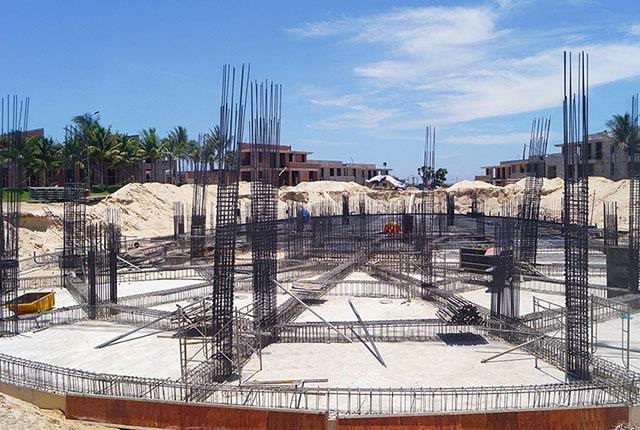 Công tác thi công cốt thép móng khách sạn dự án