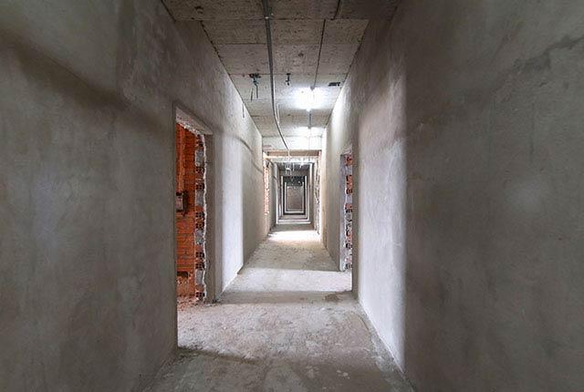 Công tác thi công tô tường hành lang tầng 19 block B và C