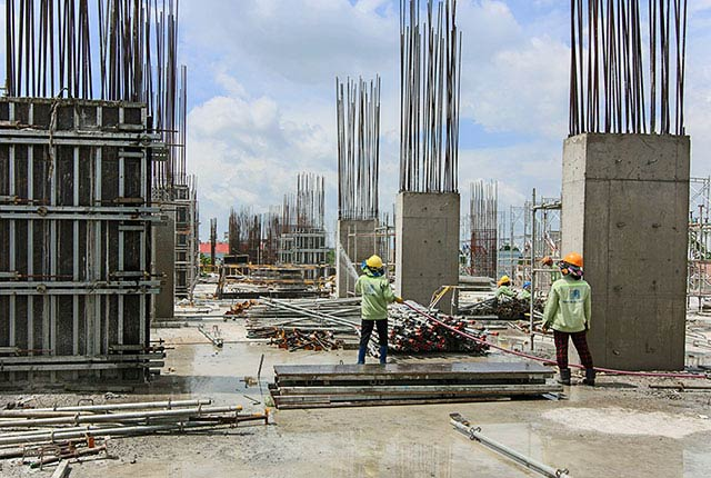 Hoàn thành đổ bê tông sàn tầng 3 và cột sàn tầng 4 Block C