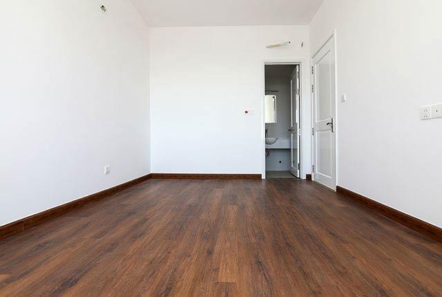 Lát sàn gỗ phòng ngủ căn hộ tầng 7 - 17 block Northern