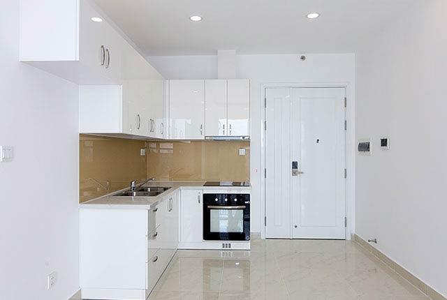 Tiếp tục lắp đặt thiết bị bếp căn hộ tầng 5 - 21 block Northern