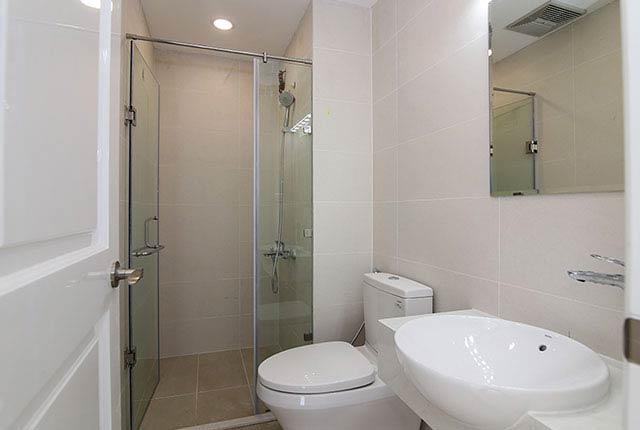 Lắp đặt thiết bị WC căn hộ tầng 5 - 26 block Central