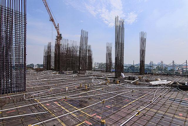 Thi công cốt thép sàn tầng 5 Block A1 và tầng 2 Block A2