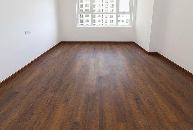 Hoàn thành lát sàn gỗ phòng ngủ căn hộ block Southern