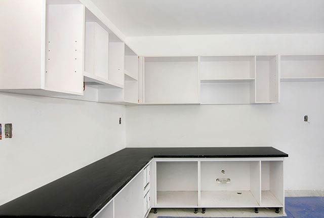 Lắp đặt tủ bếp từ tầng 6 đến tầng 8 block Glory