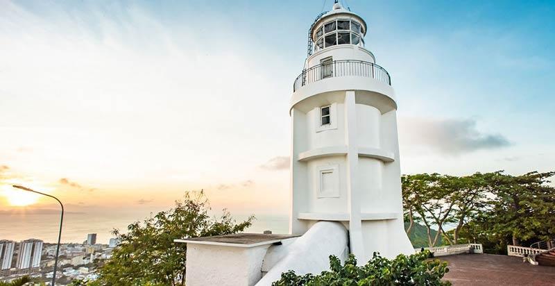 Ngọn hải đăng cổ Tp Vũng Tàu