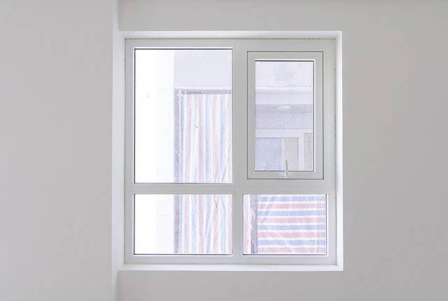 Thi công lắp đặt cửa sổ căn hộ tầng 20 block B