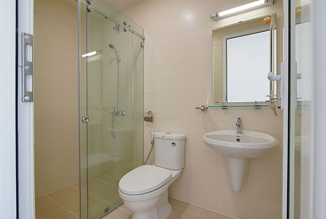 Công tác thi công lắp đặt các thiết bị WC căn hộ tầng 20 block C