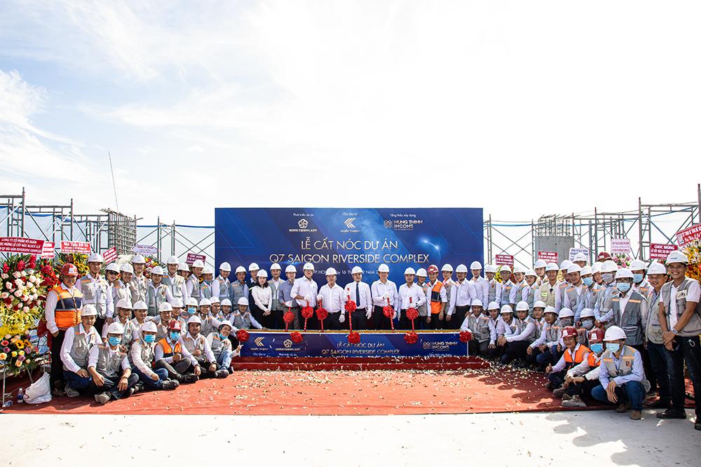 Le-cat-noc-Q7-Saigon-Riverside-Complex