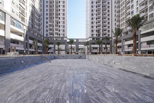 hinh-anh-thi-cong-can-ho-q7-boulevard-1-2021-13
